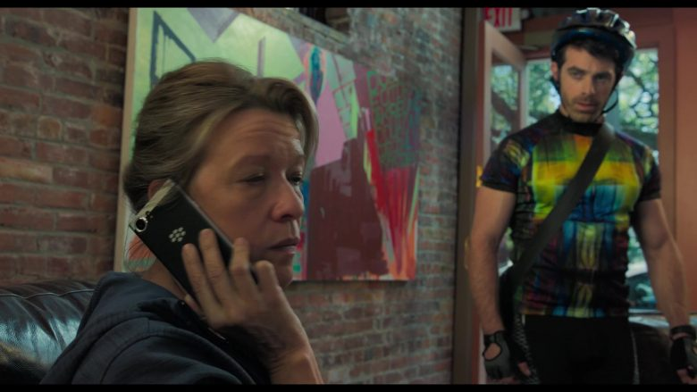 Blackberry Smartphone Used by Linda Emond in Gemini Man (2)