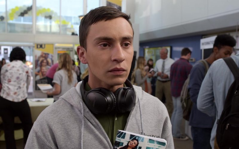 Bose Wireless Headphones Used by Keir Gilchrist as Sam Gardner in Atypical Season 3 Episode 2 (1)