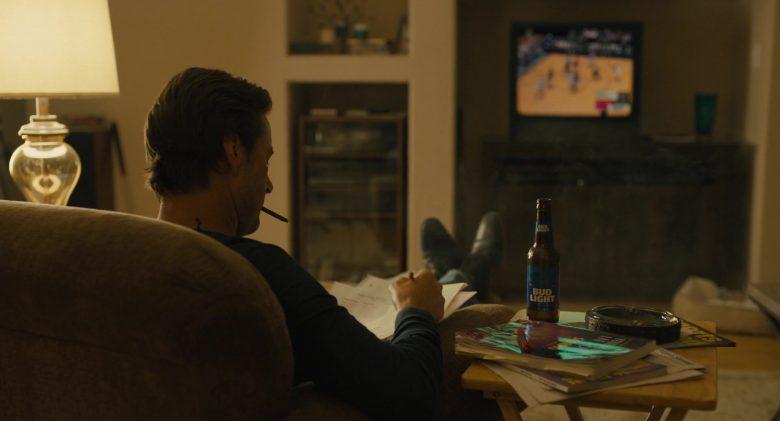 Bud Light Beer Enjoyed by Luke Wilson in The Goldfinch (2019) - Movie Product Placement