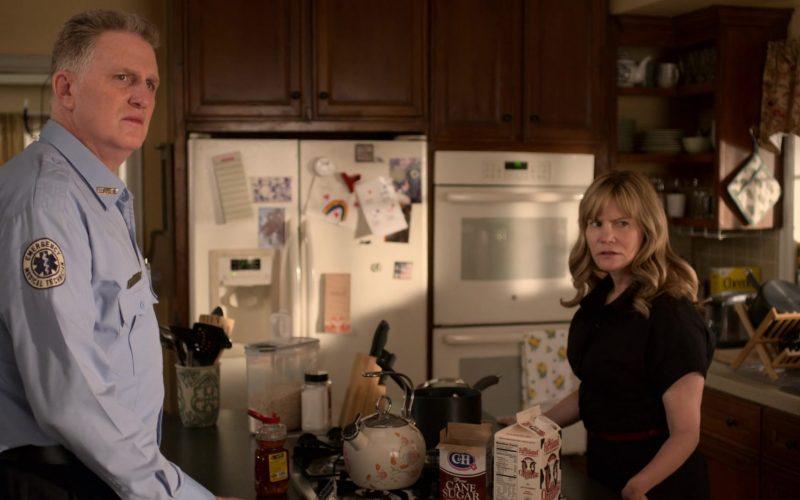 C&H Sugar and Farmland Milk in Atypical Season 3 Episode 5