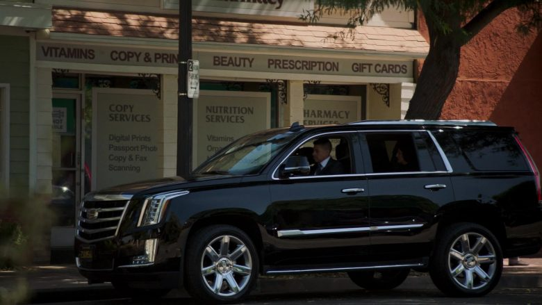"""Cadillac Escalade Black SUV in Mayans M.C. Season 2 Episode 10 """"Hunahpu"""" (2019) - TV Show Product Placement"""