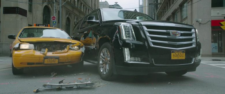 Cadillac Escalade SUV in It Chapter Two (2019)