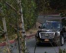 Cadillac Escalade SUVs in The Morning Show Season 1 Episode 2 (3)