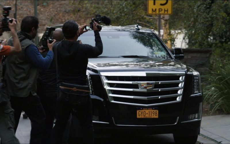 Cadillac Escalade SUVs in The Morning Show Season 1 Episode 2 (4)