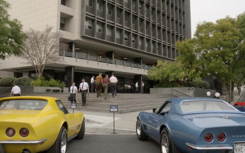 Chevrolet Corvette Yellow and Blue Cars in For All Mankind Season 1 Episode 3