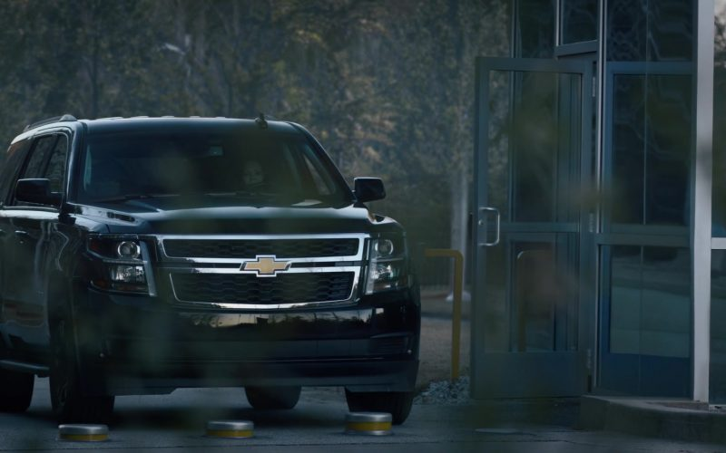 Chevrolet SUV in Watchmen Season 1 Episode 4 (1)