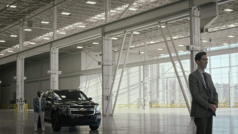 Chevrolet SUV in Watchmen Season 1 Episode 4 (2)