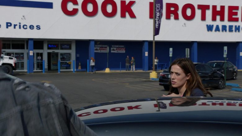 """Cook Brothers Store in Chicago P.D. Season 7 Episode 8 """"No Regrets"""" (2019) - TV Show Product Placement"""