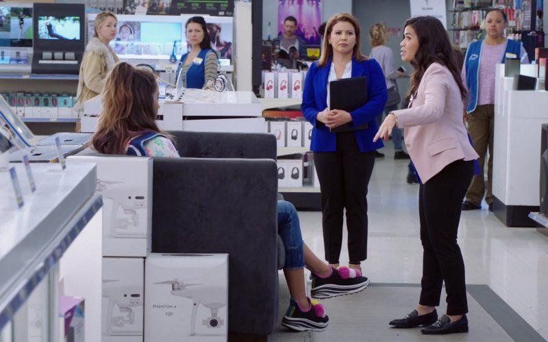 DJI Phantom 4 Drones in Superstore Season 5 Episode 7 Shoplifter Rehab
