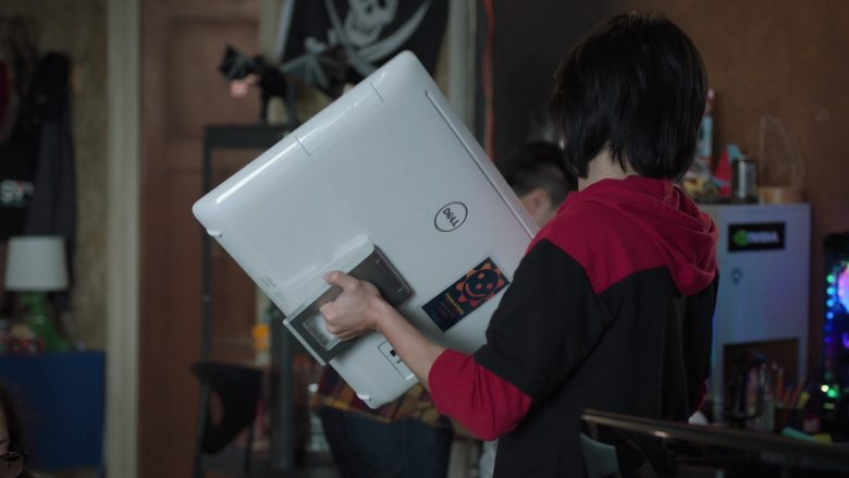 Dell All-In-One White Computer Held by Jimmy O. Yang as Jian-Yang in Silicon Valley Season 6 Episode 3 (2)