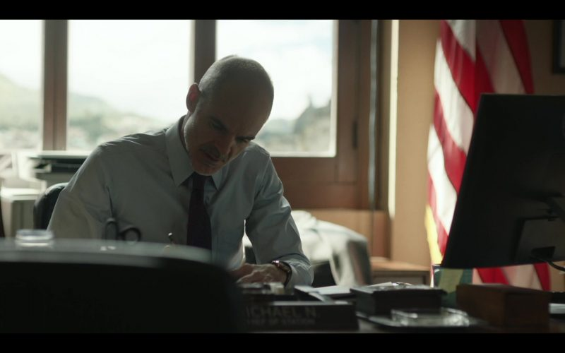 Dell Monitor Used by Michael Kelly in Tom Clancy's Jack Ryan Season 2 Episode 5 Blue Gold