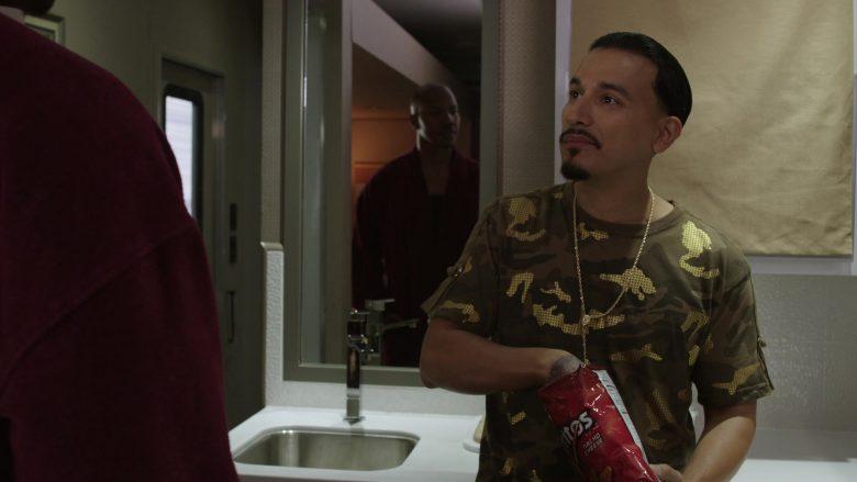 Doritos Chips in Get Shorty Season 3 Episode 6 (1)