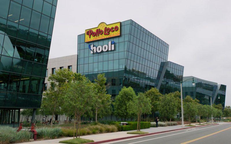 El Pollo Loco in Silicon Valley Season 6 Episode 2 Blood Money