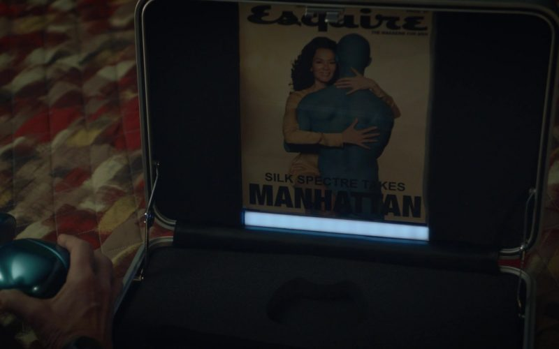 Esquire Magazine in Watchmen Season 1 Episode 3
