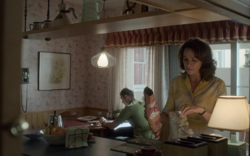 Fritos Chips Held by Shantel VanSanten as Karen Baldwin in For All Mankind Season 1 Episode 1 (1)