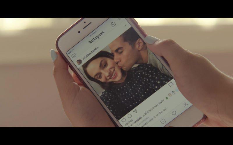 Instagram Social Network in Let It Snow (1)