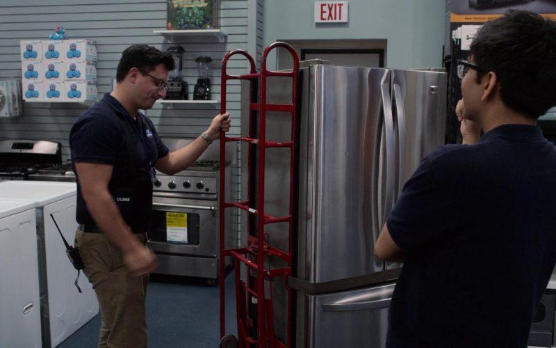 LG Refrigerator in Atypical Season 3 Episode 7 Shrinkage (2019)