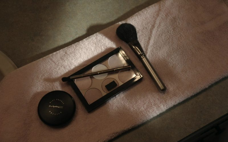 MAC Cosmetics in Get Shorty Season 3 Episode 6 Tomorrow They Light Me On Fire