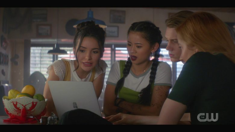 Microsoft Surface Notebook Used by Alex Saxon as Ace in Nancy Drew Season 1 Episode 7 (4)