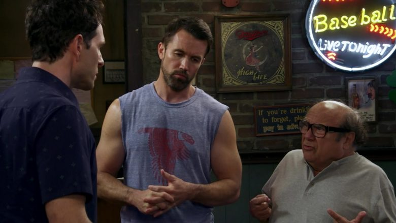 """Miller High Life in It's Always Sunny in Philadelphia Season 14 Episode 7 """"The Gang Solves Global Warming"""" (2019) - TV Show Product Placement"""