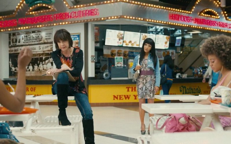 Nathan's Famous Fast Food Restaurant in Hustlers (2019)