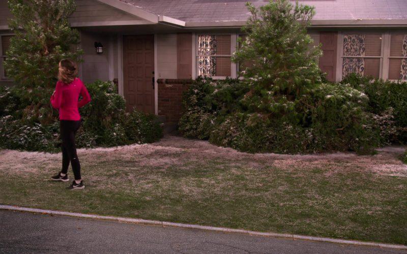 Nike Sneakers Worn by Bridgit Mendler as Emmy Quinn in Merry Happy Whatever Season 1 Episode 8 (1)