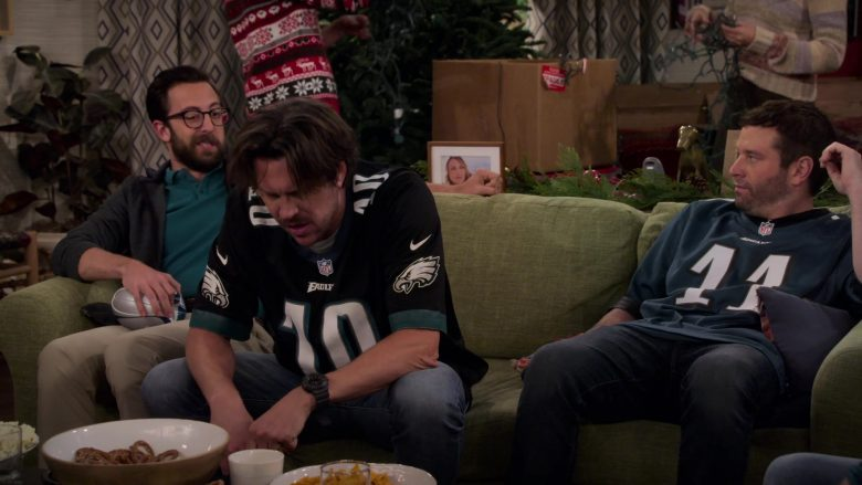 Nike x NFL x Eagles Jersey Worn by Hayes MacArthur as Sean Quinn in Merry Happy Whatever Season 1 Episode 3 (2)