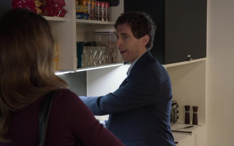 Oreo Cookies in Silicon Valley Season 6 Episode 2 Blood Money (2019)