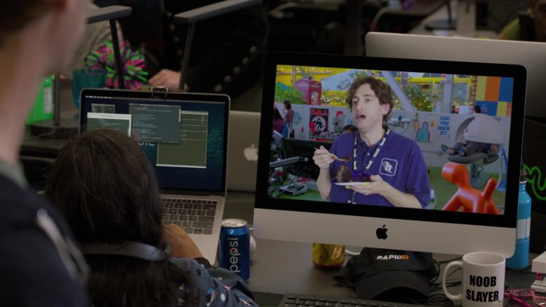 "Pepsi Can, Apple iMac, Rapid7 Cap in Silicon Valley Season 6 Episode 4 ""Maximizing Alphaness"" (2019) - TV Show Product Placement"
