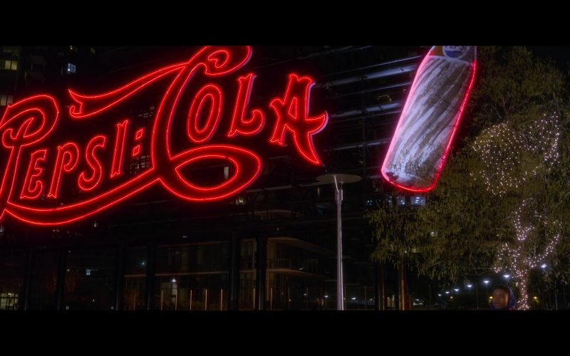 Pepsi Cola Sign in Holiday Rush (1)