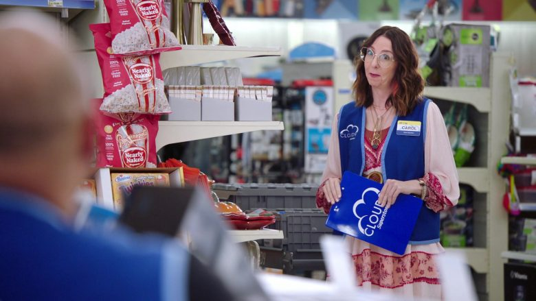 """Popcornopolis Organic Popcorn Nearly Naked in Superstore: Season 5, Episode 8 """"Toy Drive"""" (2019) - TV Show Product Placement"""