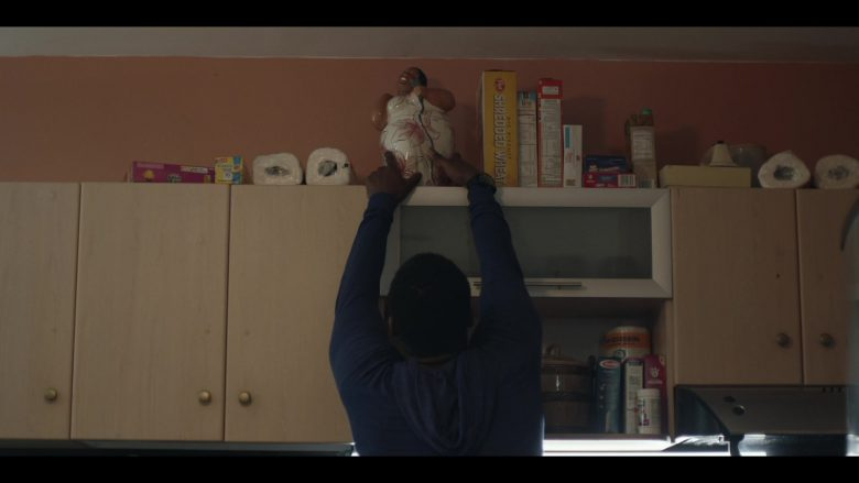 """Post Shredded Wheat in Tom Clancy's Jack Ryan Season 2 Episode 2 """"Tertia Optio"""" (2019) - TV Show Product Placement"""