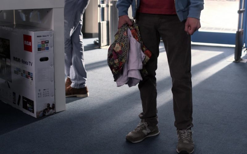 RCA TV, Roku and New Balance Shoes in Atypical Season 3 Episode 9