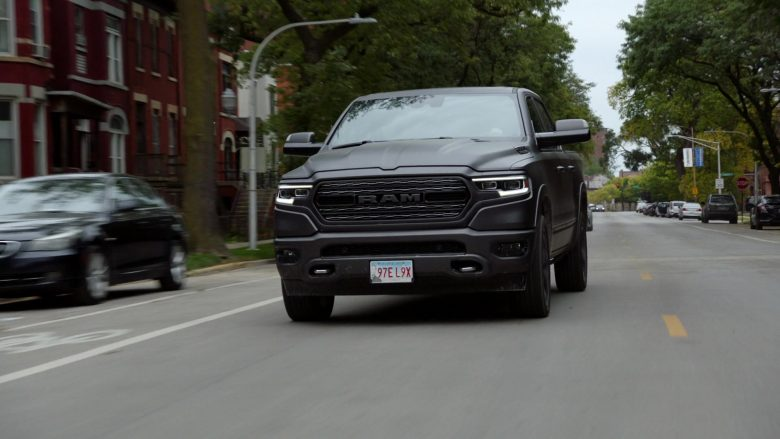 "Ram Truck in Chicago P.D. Season 7 Episode 7 ""Informant"" (2019) - TV Show Product Placement"