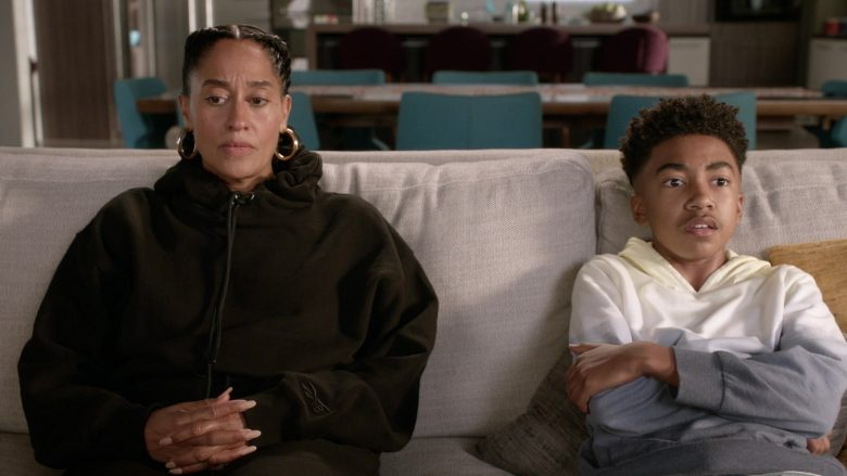 """Reebok Black Oversized Hoodie Worn by Tracee Ellis Ross as Dr. Rainbow 'Bow' Johnson in Black-ish Season 6 Episode 7 """"Daughters for Dummies"""" (2019) - TV Show Product Placement"""
