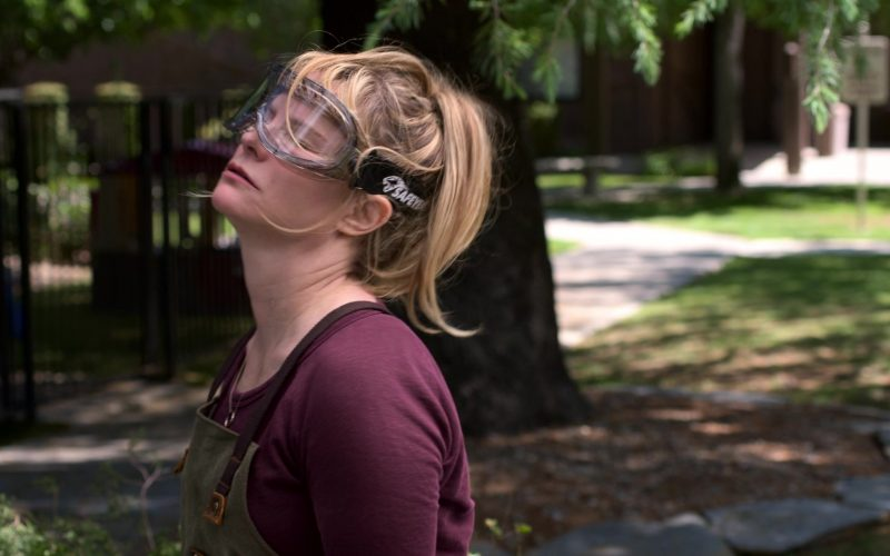 Safeyear Safety Goggles Worn by Jennifer Jason Leigh as Elsa Gardner in Atypical Season 3 Episode 7 (2)