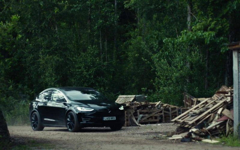 Tesla Model X Black SUV in His Dark Materials Season 1 Episode 3 The Spies (1)