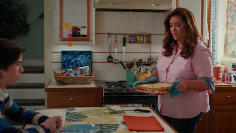 Tommy Hilfiger Pink Shirt Worn by Katy Mixon as Katie Otto in American Housewife Season 4 Episode 7 (4)