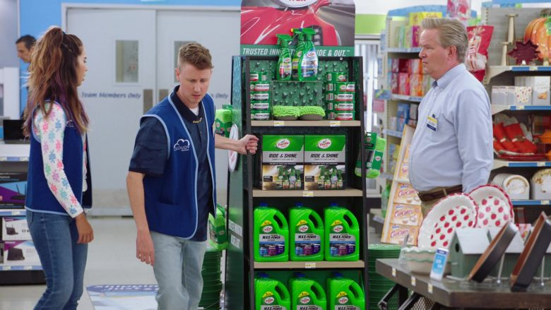 "Turtle Wax in Superstore Season 5 Episode 7 ""Shoplifter Rehab"" (2019) - TV Show Product Placement"