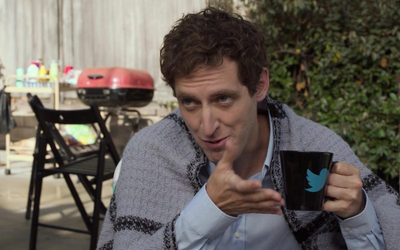Twitter Mug Held by Thomas Middleditch as Richard Hendricks in Silicon Valley Season 6 Episode 2 (1)