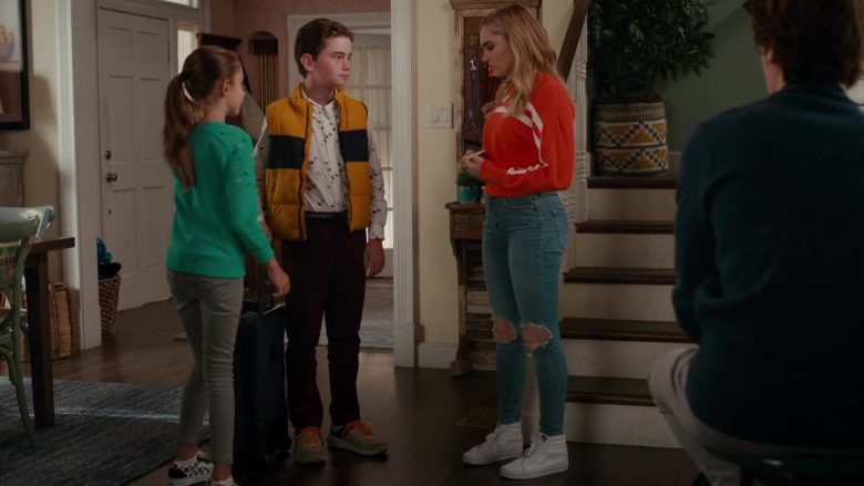 """Vans All-White Shoes Worn by Meg Donnelly as Sweetheart 'Taylor' Otto in American Housewife Season 4 Episode 7 """"Flavor of Westport"""" (2019) - TV Show Product Placement"""