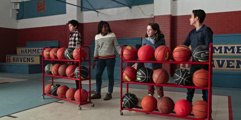 Wilson Basketballs in Ghostwriter Season 1 Episode 7 The Wild, Wild Ghost, Part 3 (2)