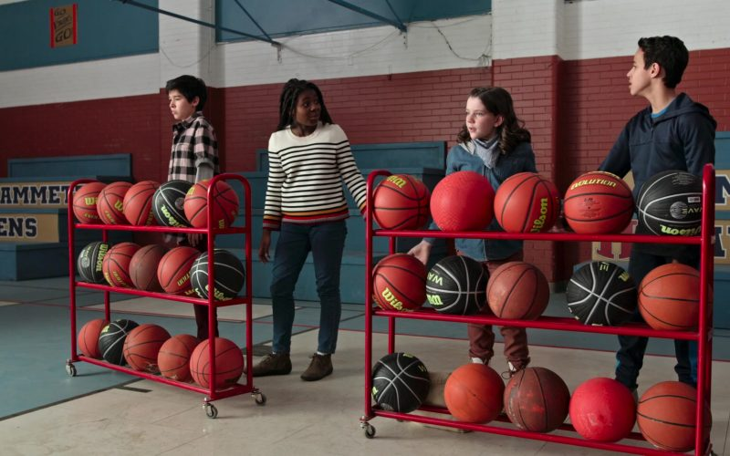 Wilson Basketballs in Ghostwriter Season 1 Episode 7 The Wild, Wild Ghost, Part 3 (2)