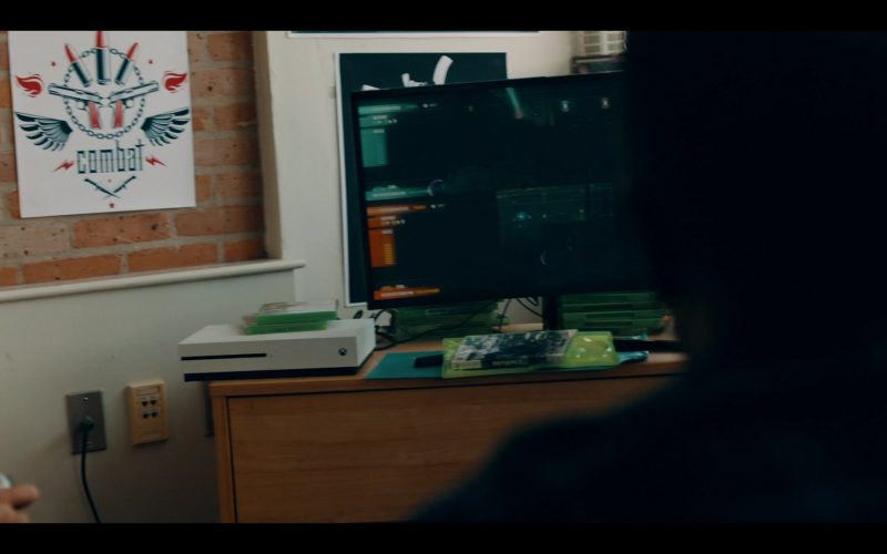 Xbox Console in The Purge Season 2 Episode 5 House of Mirrors