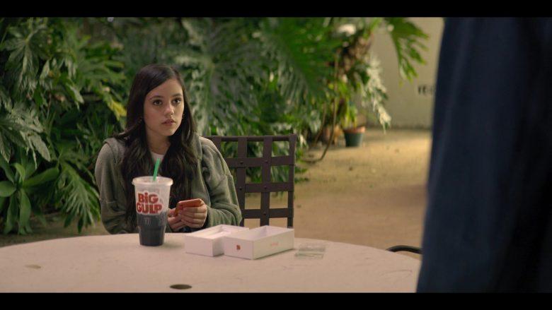 7-Eleven Big Gulp Drink Enjoyed by Jenna Ortega as Ellie Alves in YOU Season 2 Episode 1 A Fresh Start (3)