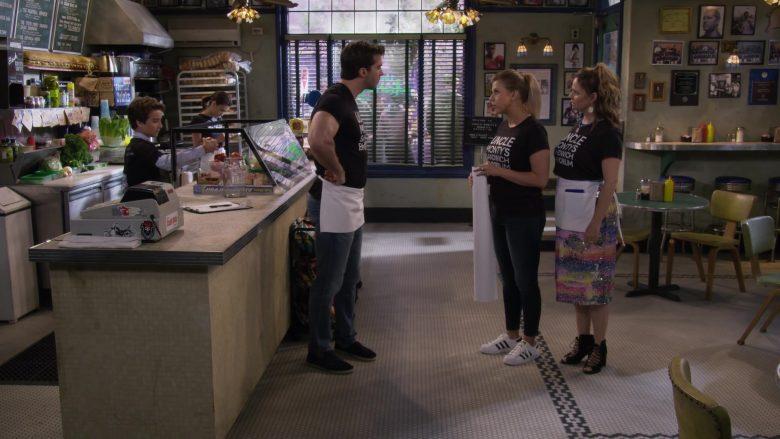 Adidas Sneakers Worn by Jodie Sweetin as Stephanie Tanner in Fuller House Season 5 Episode 5 (1)