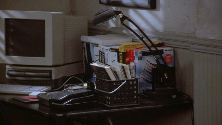 """Apple Computer, Adobe and Microsoft Windows in Seinfeld Season 7 Episode 12 """"The Caddy"""" (1996) - TV Show Product Placement"""