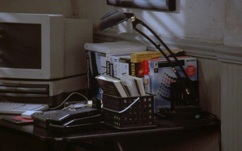 Apple Computer, Adobe and Microsoft Windows in Seinfeld Season 7 Episode 12 The Caddy