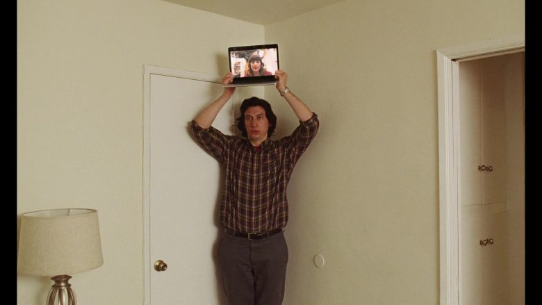 Apple MacBook Laptop Used by Adam Driver in Marriage Story (1)
