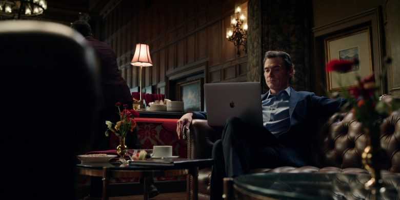 Apple MacBook Laptop Used by Billy Crudup as Cory Ellison in The Morning Show Season 1 Episode 9 Play the Queen (1)
